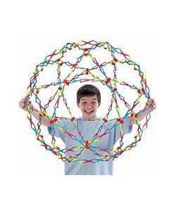 Hoberman Sphere gigante